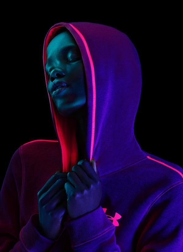 Проект: Unknown Автор: Patrice Brilla  | Проект: Neon Hoodies Автор:Tim Tadder